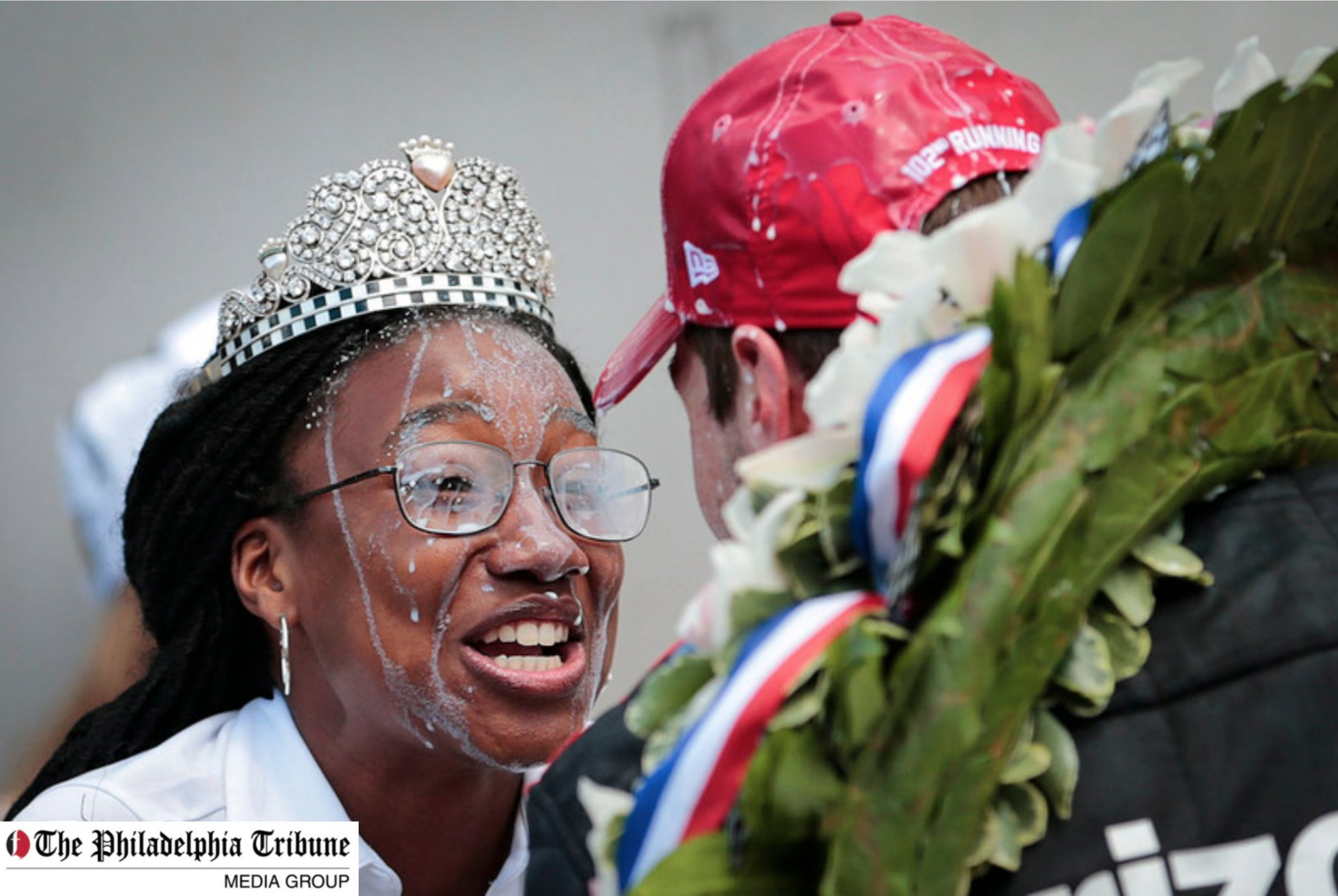 06/01/18 : Indy 500 festival queen takes victory splash with driver